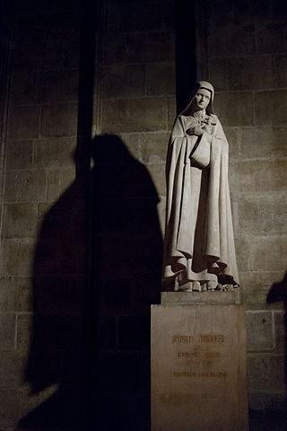 320px-Sainte_Thérèse_de_l'Enfant_Jésus_-_Cathédrale_Notre-Dame_de_Paris.jpg